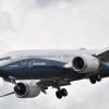 ボーイング、737 MAXデモ飛行動画 操縦特性の良さPR