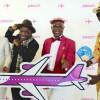 平和願うコンゴのお洒落集団「サプール」、ピーチに搭乗