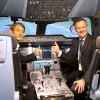 JAL767機長、A350シミュレーター体験 「コツつかめば操縦しやすい」