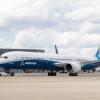 787-9と95%共通設計 写真特集・ボーイング787-10初飛行(到着編)