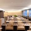 天然素材と開放感ある座席配置 写真特集・ANAラウンジ新千歳空港