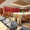 JAL、那覇に最上級ラウンジ カレーパンも提供、28日開業