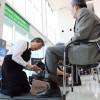 スターフライヤー、北九州空港で靴磨き 羽田線旅客数が過去最高更新へ