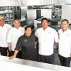 ハワイアン航空の機内食、ココヘッドカフェ総料理長が総合監修