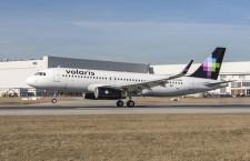 エアバス、メキシコのボラリスにシャークレット装備A320初号機引き渡し