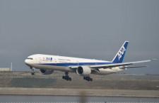 エボラ検査男性の搭乗機、消毒後に復帰