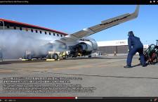 MRJ、エンジン始動時の動画 主翼の強度試験時も