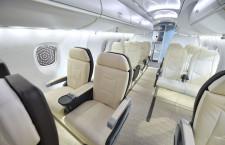 MRJモックアップは上級席明るく 特集・パリ航空ショー2015(1)