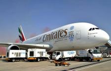 エミレーツ航空、615席仕様のA380 ドバイ航空ショーで初公開