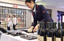JAL、ボジョレー・ヌーボー羽田で解禁 ラウンジや搭乗口で振る舞う