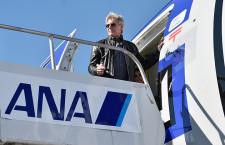 ANAのR2-D2ジェット、出演者乗せロンドンへ ロサンゼルス発チャーター