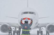 積雪量日本一の青森空港支える「ホワイトインパルス」