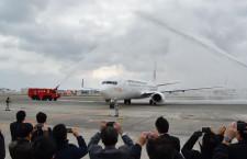 日本トランスオーシャン航空、737-800初号機到着 22年ぶり新型機