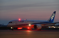 ANA、787-8全機揃う 4年7カ月かけ、36機目が羽田着