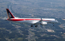 MRJ、2号機も米国へ 4機目越年も