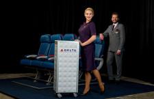 デルタ航空、18年から新制服 メイン色に米国パスポートの紫
