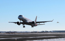 MRJ2号機、米国でも飛行試験
