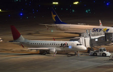 JAL、羽田からアーク塗装消える ラストはジェイエア山形便