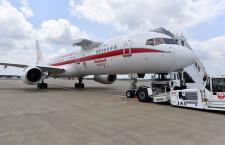 ハネウェル、3万フィート上空で高速ネット接続デモ 成田に757試験機飛来