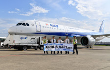 ANA、A321neo初号機が羽田到着 12日に国内線就航、全席個人モニター完備