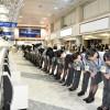 25年間ありがとうの一礼 写真特集・ANA新千歳空港旧カウンター最終日