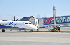 三菱重工と宮崎空港、Q400対応の搭乗橋で大臣表彰 国内初導入、バリアフリー評価