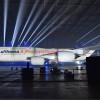 28年ぶり新デザインは紺と白 写真特集・ルフトハンザ新塗装747-8