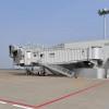 駐機場に現れる搭乗橋 写真特集・羽田空港ボーディングステーション