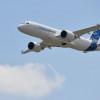 エアバス、A220の航続距離延長 20年後半から