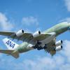 ANAのA380、初飛行成功 ハンブルクで塗装へ