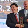 JAL、CAPAのアジア最優秀エアライン受賞 植木会長、社員称える