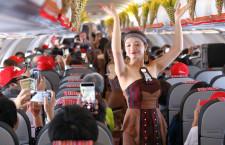 民族舞踊で日本就航祝う 特集・ベトジェット関空初便A321neoに乗ってみた