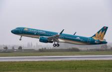 ベトナム航空、A321neo初号機受領 PWエンジン搭載