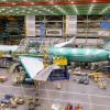 ボーイング、777Xのロールアウト延期 737 MAX墜落で
