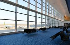 開放感とゆったりした席で差別化 写真特集・羽田第2ターミナル サテライト