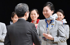 ANAの空港接客コンテスト、初の海外空港優勝 北京の斉さん