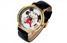 JAL、機内販売でミッキーマウス90周年腕時計