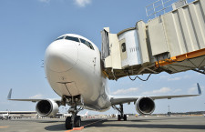 成田空港、自動装着の搭乗橋 AI活用、4月から試験導入