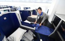 ペアシートもあるビジネスクラス 写真特集・ANA A380 FLYING HONUの機内(2)