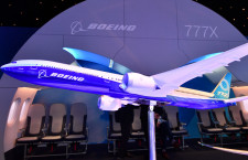 777Xの試験中断、納期見直し言及せず 荷重試験で試験機の貨物ドア吹き飛ぶ