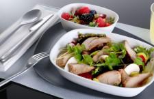 """デルタ航空、エコノミーで""""ビストロ風""""機内食 選べる前菜とメイン"""