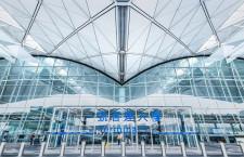 香港空港、市民デモで欠航 日本の航空4社、2000人に影響