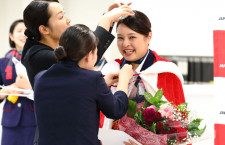 JAL、成田空港の接客No.1に宮里さん N-1グランプリ、2年ぶり開催