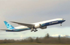 777Xが初飛行 2度の延期経て離陸