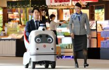 ANAとZMP、成田空港で自動運転モビリティの実証実験
