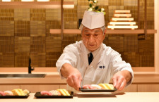 JAL、羽田国際線ファーストラウンジ刷新 握り寿司や萬福の中華そば、席数2.5倍に