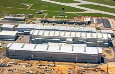 エアバス、A220のアラバマ工場稼働 初号機はジェットブルーに