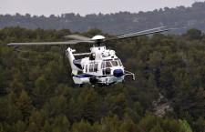 警察庁、エアバスヘリ5機発注 更新でH225とH135