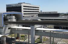伊丹空港、立体駐車場とモノレール駅直結 雨の日のアクセス向上