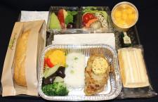 チャイナエアライン、「ワントレー」機内食 新型コロナ拡大防止、全クラスで